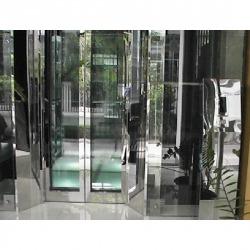 ลิฟต์แก้ว Observation Elevator