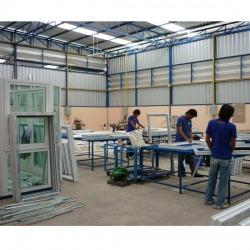 โรงงานกระจก อลูมิเนียม - บริษัท สแตนดาร์ด พลัส เซอร์วิส จำกัด