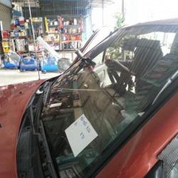 ซ่อมกระจกหน้ารถยนต์