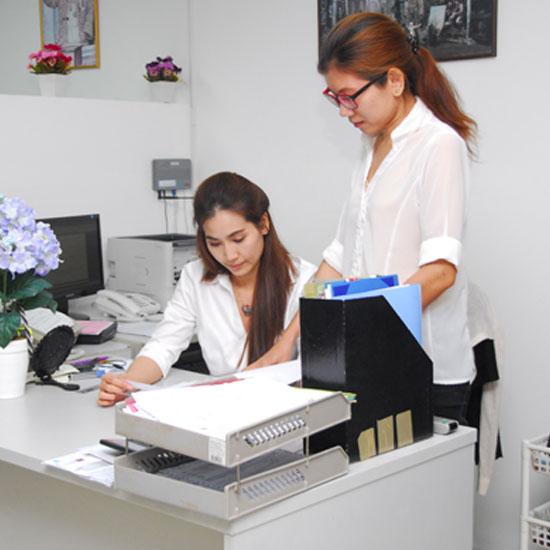 บริการจดทะเบียนธุรกิจ กทม  บริการจดทะเบียนธุรกิจ  Company secretary  รับทำบัญชีนิติบุคคล  รับจดทะเบียนบริษัท  จดทะเบียนลดทุน  จดทะเบียนเพิ่มทุน  จดทะเบียนเลิกบริษัท  รับจดทะเบียนนิติบุคคล