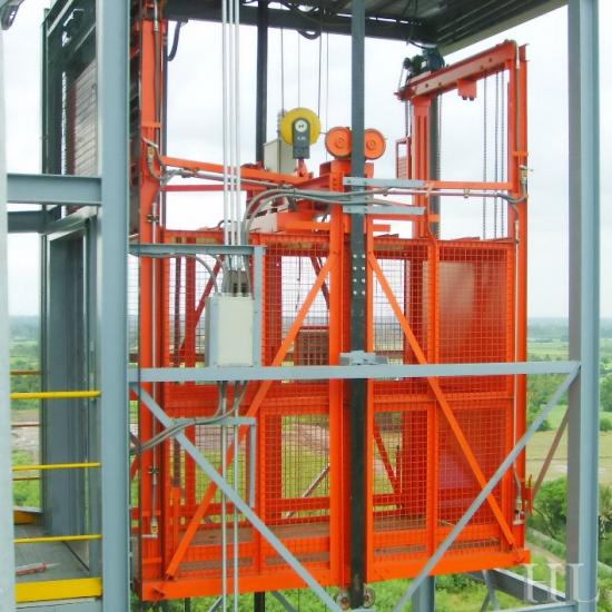 ติดตั้งลิฟต์ก่อสร้าง ติดตั้งลิฟต์ก่อสร้าง
