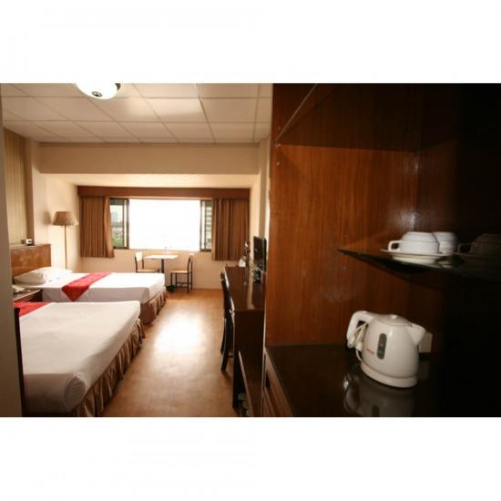 โรงแรม เยาวราช โรงแรม  ที่พัก  ที่พักใกล้เยาวราช  โรงแรมใกล้เยาวราช  ห้องพักราคาถูก