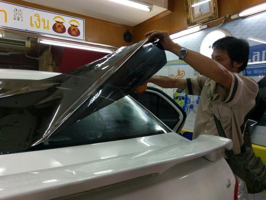รับเคลมประกัน กระจกรถยนต์ ลำลูกกา  รับเคลมประกัน กระจกรถยนต์ ลำลูกกา  ร้านซ่อมกระจกรถยนต์  อู่ซ่อมกระจกรถยนต์  ร้านติดฟิล์มกรองแสงรถยนต์  ร้านเปลี่ยนกระจกรถยนต์  อู่ซ่อมรถลำลูกกา