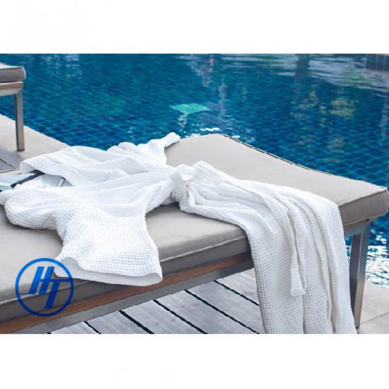 จำหน่ายชุดคลุมอาบน้ำราคาส่ง สำเพ็ง ผลิตเสื้อคลุมอาบน้ำ  ชุดคลุมอาบน้ำน้ำรังผึ้ง  ผ้ารังผึ้ง  ชุดคลุมอาบน้ำ  เสื้อคลุมอาบน้ำ ผ้ารังผึ้ง  เสื้อคลุมอาบน้ำ