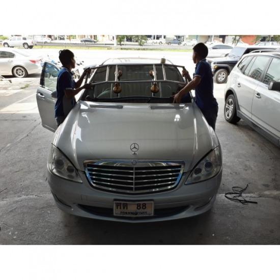 รับเปลี่ยนกระจกรถยนต์ นนทบุรี รับเปลี่ยนกระจกรถยนต์
