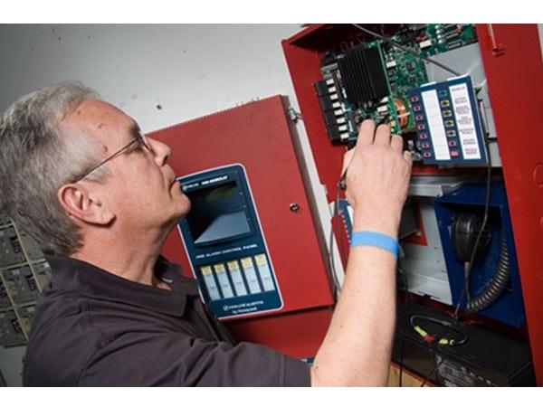 ตรวจเช็คระบบ Commissioning PM fire alarm system - บริษัท ยู เอส มาร์เก็ตติ้ง จำกัด