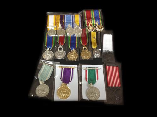 เหรียญเครื่องราชอิสริยาภรณ์ , เหรียญกล้าหาญและเหรียญที่ระลึก
