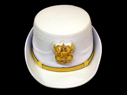 หมวกข้าราชการหญิงชุดขาว