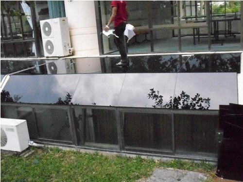 กระจกหลังคาสกายไลท์