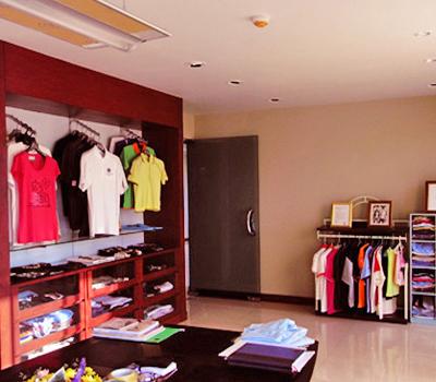 โชว์รูม บริการออกแบบงานเสื้อผ้า งานตามสั่งทุกชนิด - ห้างหุ้นส่วนจำกัด กรีนโกร้ท เอ็นเตอร์ไพรซ์