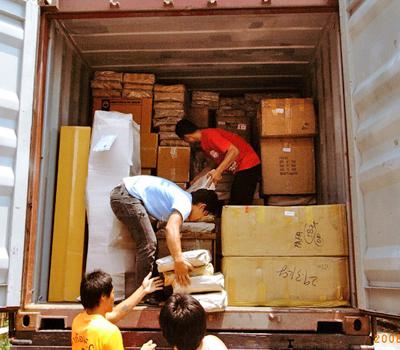 บริการขนส่งเสื่อผ้า รวดเร็ว ส่งออกทั่วโลก - ห้างหุ้นส่วนจำกัด กรีนโกร้ท เอ็นเตอร์ไพรซ์