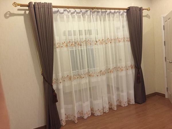 ออกแบบ ติดตั้งผ้าม่าน ผ้าม่านสำเร็จรูป ม่านปรับแสง มูลี่ วอลเปเปอร์ ฉากกั้นห้อง ราคาถูก รับซัก-รีดผ้าม่าน ติดตั้งราวผ้าม่าน จำหน่ายอุปกรณ์ สำหรับงานผ้าม่าน - ดีดี ผ้าม่าน