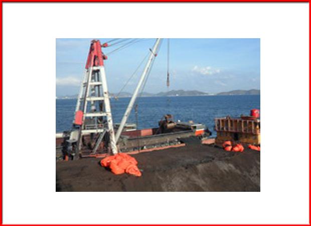 บริการขนถ่ายอุปกรณ์อื่น ๆ บริเวณกลางทะเล