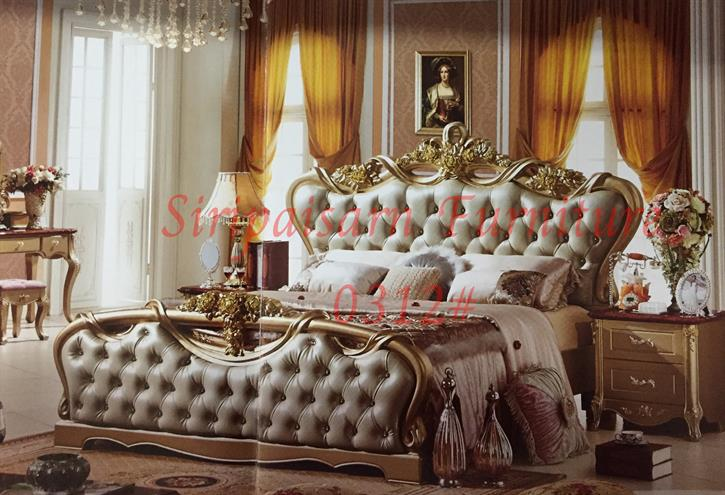 เตียงหลุยส์ 6 ฟุต พร้อมตู้ข้าง 2 ใบ สีทองแชมเปญ