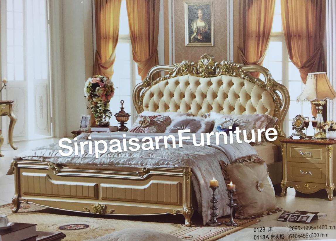 เตียงหลุยส์ 6 ฟุตพร้อมตู้ข้าง 2 ใบ สีทองแชมเปญ