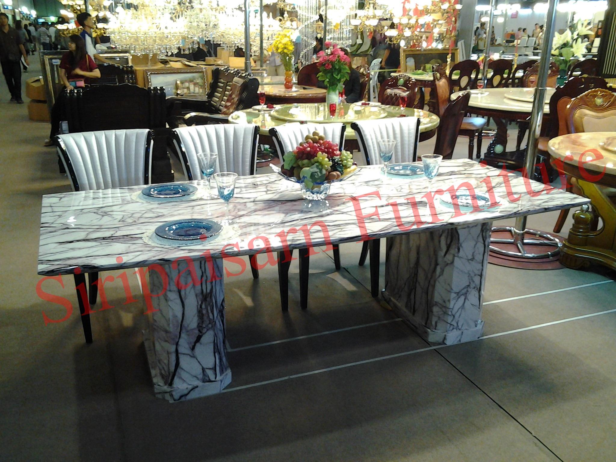 โต๊ะอาหารหินอ่อนอิตาลีแท้